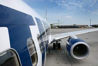 YR-BGS - Tarom Boeing 737-800