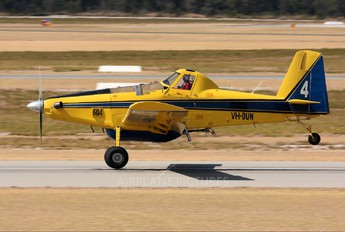 VH-DUN - Private Air Tractor AT-802