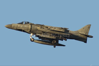MM7218 - Italy - Navy McDonnell Douglas AV-8B Harrier II