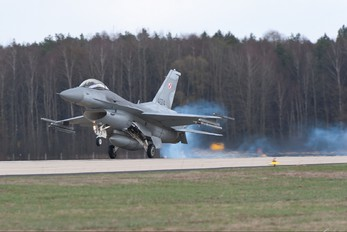 4074 - Poland - Air Force Lockheed Martin F-16C block 52+ Jastrząb