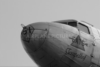 45-0951 - USA - Air Force Douglas C-47B Skytrain