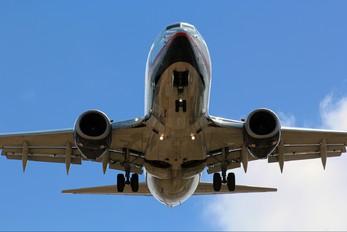 N904AM - Aeromexico Boeing 737-700