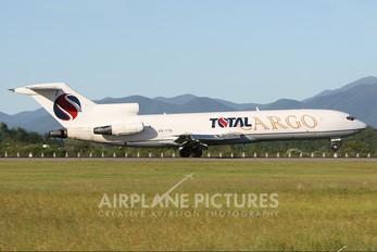 PR-TTB - Total Linhas Aéreas Boeing 727-200
