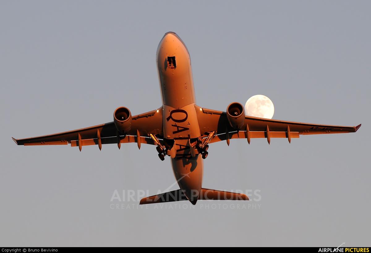 Qatar Airways A7-AEE aircraft at Rome - Fiumicino