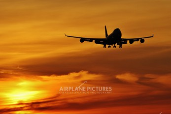 Sunrises and sunsets, magic moments !