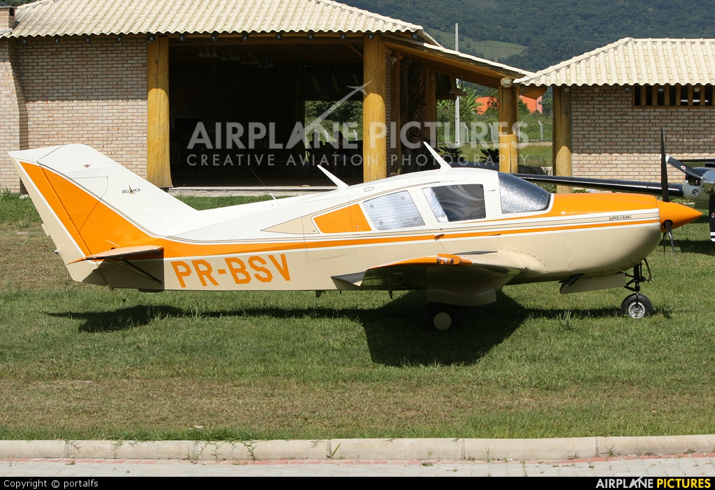 Private PR-BSV aircraft at Costa Esmeralda
