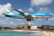 PH-BFH - KLM Asia Boeing 747-400 aircraft