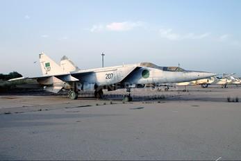 207 - Libya - Air Force Mikoyan-Gurevich MiG-25PU
