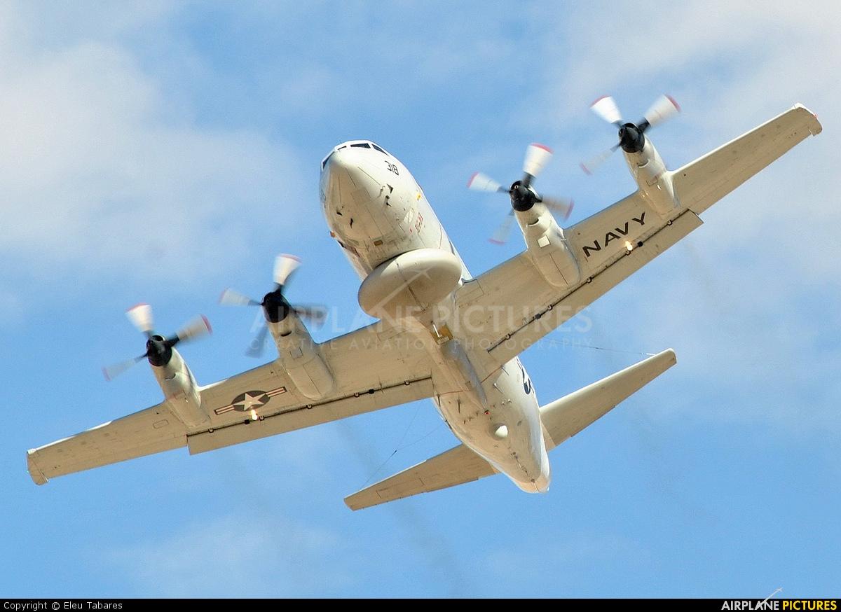 Risultati immagini per Lockheed EP-3E