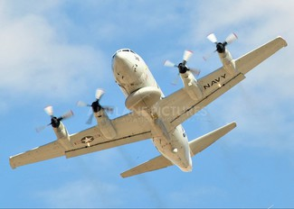 157318 - USA - Navy Lockheed EP-3E Orion