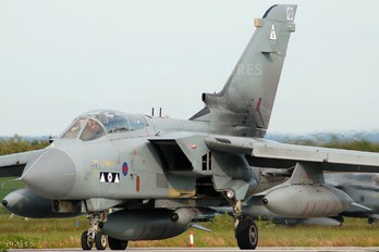 ZG713 - Royal Air Force Panavia Tornado GR.4 / 4A