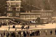 N47FK - Dakota Club Douglas DC-3 aircraft