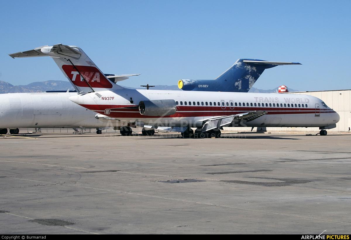 TWA N937F aircraft at Tucson Intl
