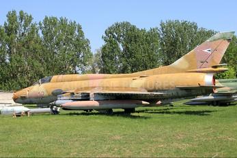 12 - Hungary - Air Force Sukhoi Su-22M-3