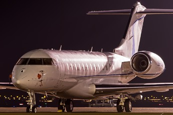 ZS-ZBB - Private Bombardier BD-700 Global Express XRS