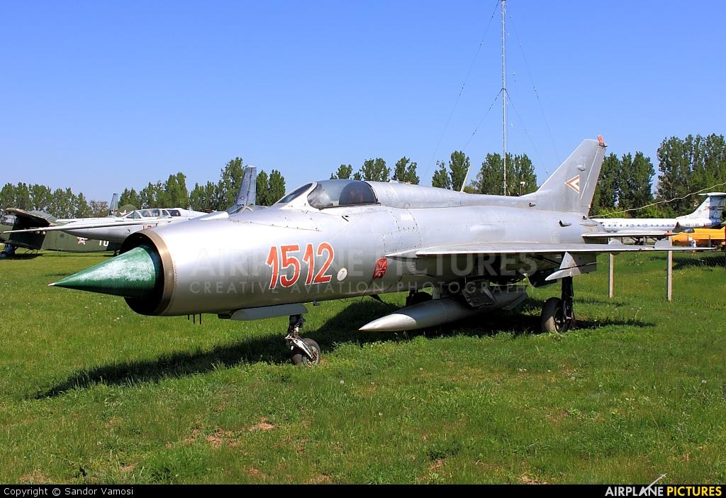 Hungary - Air Force 1512 aircraft at Szolnok