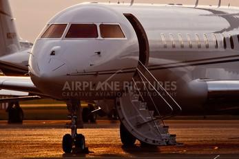M-YSAI - Private Bombardier BD-700 Global 5000
