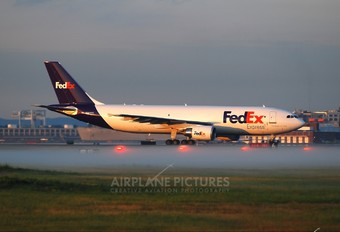 N689FE - FedEx Federal Express Airbus A300F