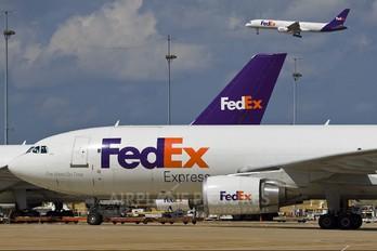 N687FE - FedEx Federal Express Airbus A300F