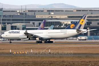 D-AIGF - Lufthansa Airbus A340-300
