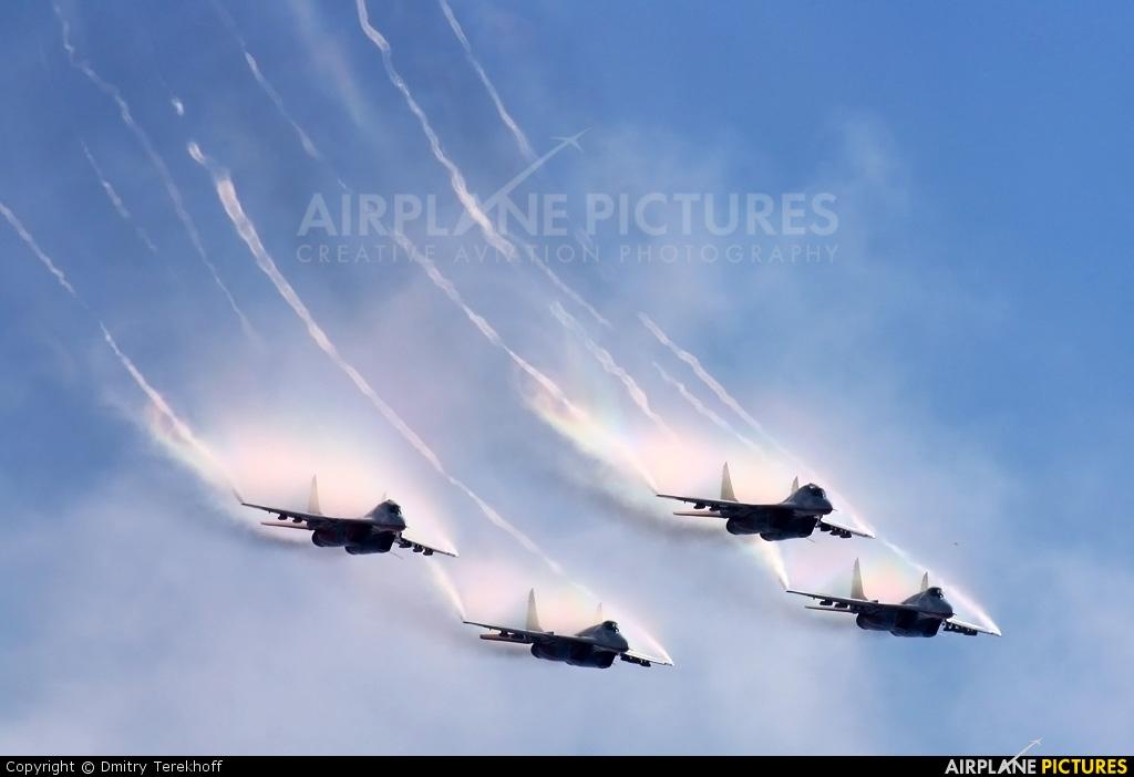 """Russia - Air Force """"Strizhi"""" 12 aircraft at Kubinka"""