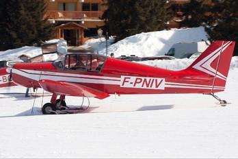 F-PNIV - Private Jodel D140 Mousquetaire
