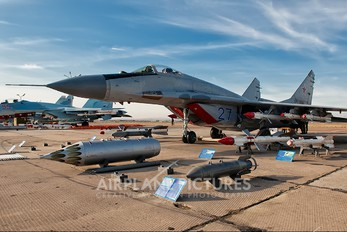 27 - Russia - Air Force Mikoyan-Gurevich MiG-29