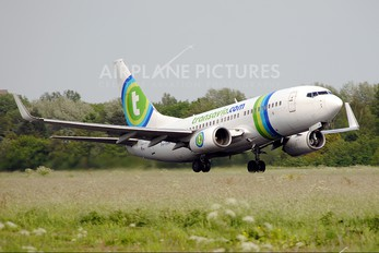 PH-XRW - Transavia Boeing 737-700