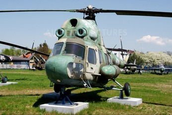 4710 - Poland - Air Force Mil Mi-2