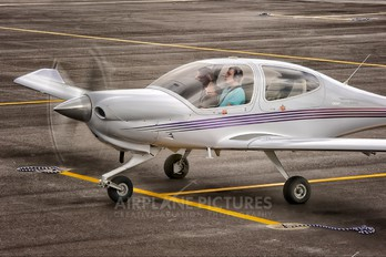 N787EC - Journeys Aviation Diamond DA 40 Diamond Star