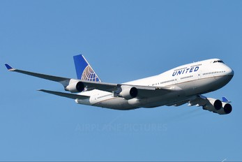 N127UA - United Airlines Boeing 747-400