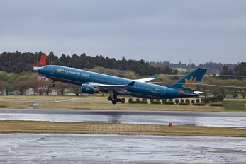 VN-A378 - Vietnam Airlines Airbus A330-200