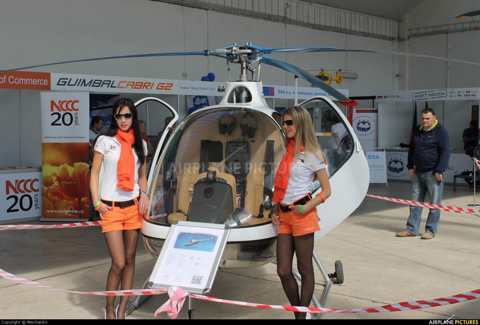 - Aviation Glamour - aircraft at Hradec Králové