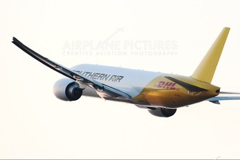 N775SA - Southern Air Transport Boeing 777F