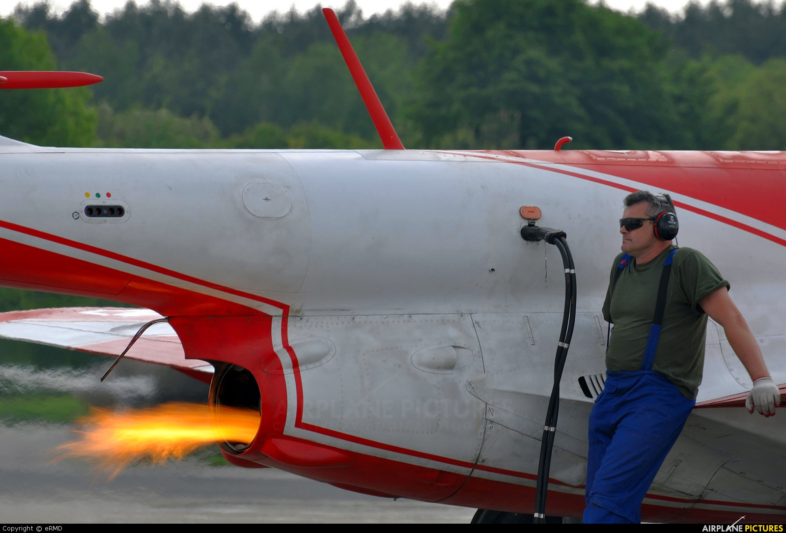 Poland - Air Force: White & Red Iskras 2008 aircraft at Dęblin