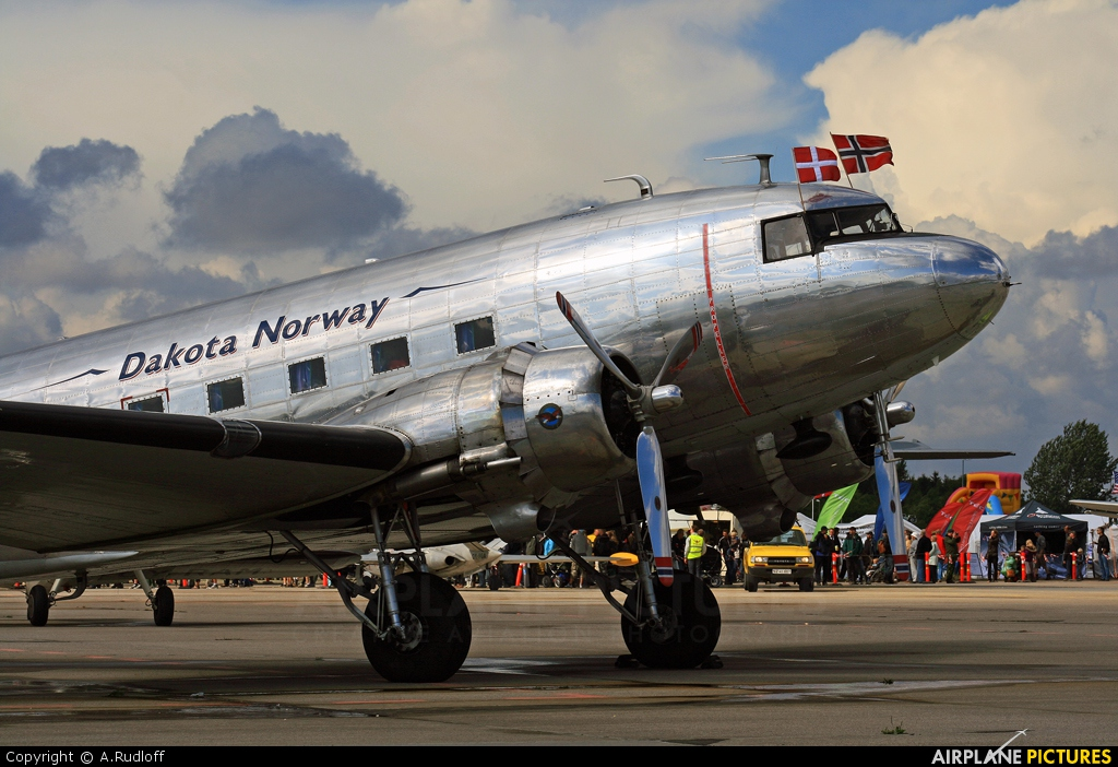 Dakota Norway LN-WND aircraft at Copenhagen Roskilde