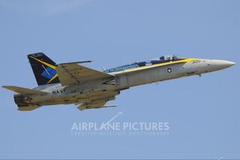 163740 - USA - Navy McDonnell Douglas F/A-18C Hornet