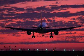 N381AW - US Airways Airbus A319