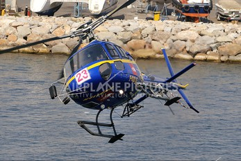 F-GXLA - CAT Helicopters Aerospatiale AS350 Ecureuil / Squirrel