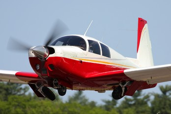 N557M - Private Mooney M20C Ranger