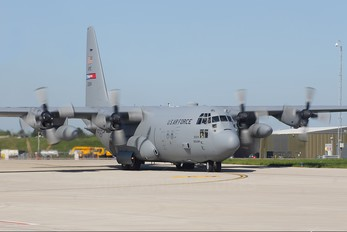 92-3024 - USA - Air Force Lockheed C-130H Hercules