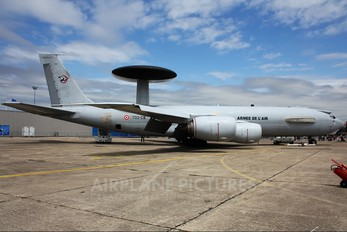 202 - France - Air Force Boeing E-3F Sentry