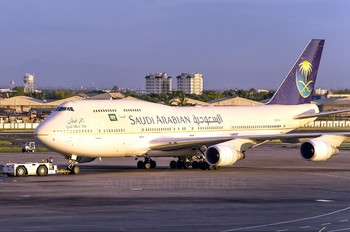 HZ-AIV - Saudi Arabian Airlines Boeing 747-400