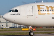 Emirates Airlines A6-EKW image