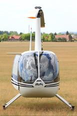 HA-MIW - Private Robinson R44 Astro / Raven