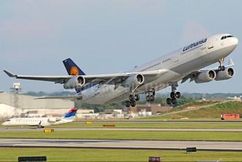 D-AIGB - Lufthansa Airbus A340-300