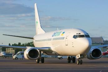 UR-KRA - Air Onix Boeing 737-300