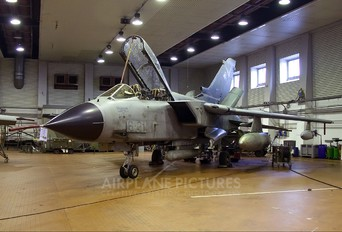 MM7006 - Italy - Air Force Panavia Tornado - IDS