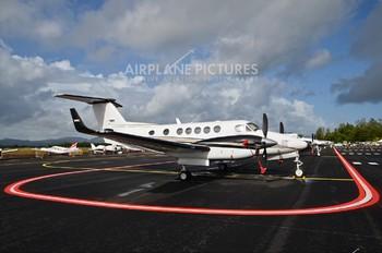 N8082Z - Private Beechcraft 250 King Air