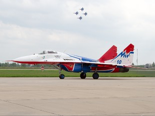 """10 - Russia - Air Force """"Strizhi"""" Mikoyan-Gurevich MiG-29"""